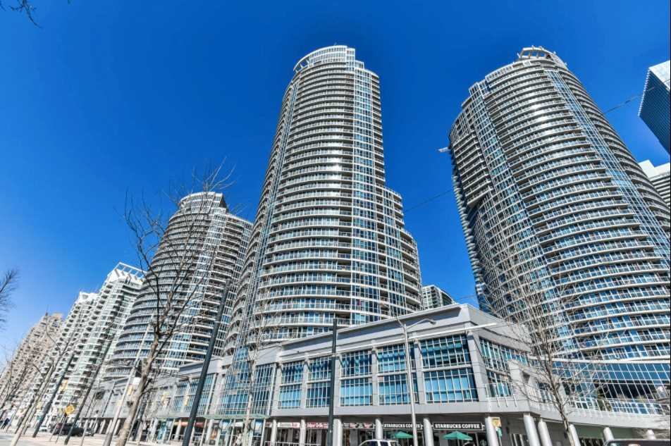 Waterclub 2 - South Tower - 208 Queens Quay W
